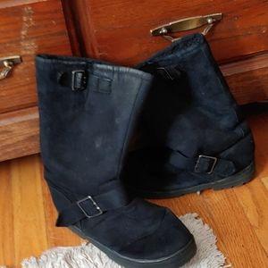 Winter furry inside boots
